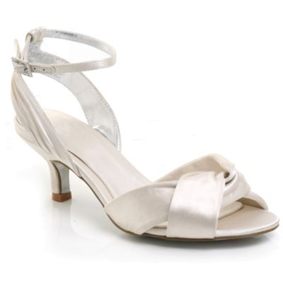 Ivory Datlowb bridal shoes