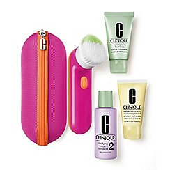 Clinique - Cleansing By Clinique (Skin Types I/II) Christmas gift set  - Worth £100