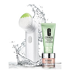 Clinique - Debenhams Exclusive Clean Skin, Hydrated Skin Christmas gift set  - Worth £107