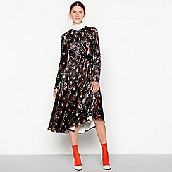 Studio by Preen - Black 'Renaissance' floral velvet dress