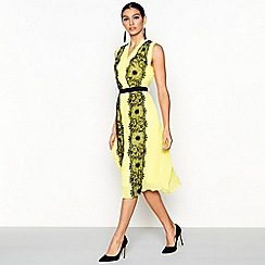 Star by Julien Macdonald - Yellow lace V-neck midi dress