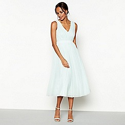 Debut - Pale green 'Mia' V-neck knee length bridesmaid dress