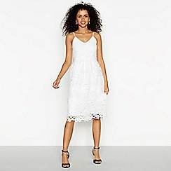 Vila - White lace 'Vidalton' V-neck midi evening dress