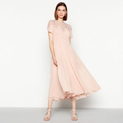Mw By Matthew Williamson   Light Pink Embellished Mesh Short Sleeve Midi Occasion Dress by Mw By Matthew Williamson