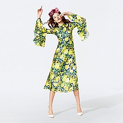 Richard Quinn - Yellow floral print round neck fluted sleeve midi dress