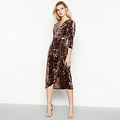 Vila - Dark brown crushed velvet 'Velvi' midi wrap dress