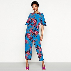 YAS - Blue floral print 'Wayada' round neck short sleeve jumpsuit