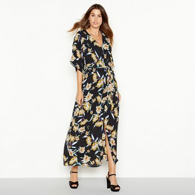 YAS Black floral print  Yasroma  maxi dress  8eafdae89