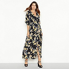 YAS - Black floral print 'Yasroma' maxi dress
