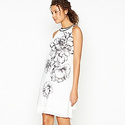 Debut - Ivory Floral Print 'Elsa' Knee Length Shift Dress
