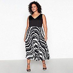 Debut - Black Stripe Pleat Plus Size Maxi Dress