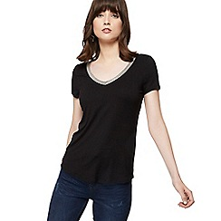 Nine by Savannah Miller - Black beaded V-neck t-shirt