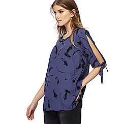 Nine by Savannah Miller - Blue feather print tie sleeve top