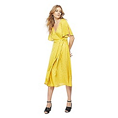 Nine by Savannah Miller - Mustard yellow jacquard textured V-neck midi wrap dress