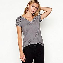 Nine by Savannah Miller - Dark grey studded V-neck t-shirt