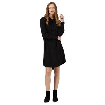 1d6e71cc2c Nine by Savannah Miller Black pussybow dress