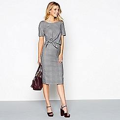 J by Jasper Conran - Grey Prince Of Wales checked knee length pencil dress