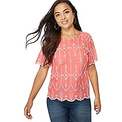 The Collection Petite - Peach broderie short sleeve petite top