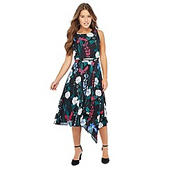 The Collection Petite - Black floral print chiffon round neck knee length petite dress