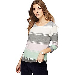 Maine New England - Grey striped top