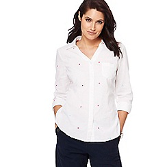 Maine New England - White spot embroidered shirt