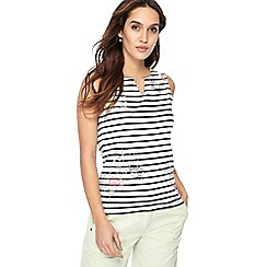 Maine New England - White striped floral embroidered top