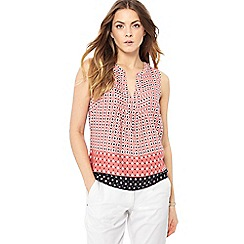 Maine New England - Mid rose diamond daisy print top