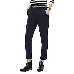 Maine New England - Navy belted chinos