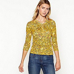 Maine New England - Dark yellow floral print notch neck top
