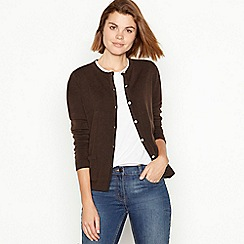 Maine New England - Chocolate two pocket cardigan