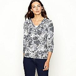Maine New England - Grey floral print V-neck top