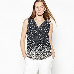 Maine New England - Navy floral print shell top