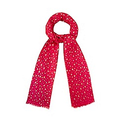 The Collection - Red star scarf in a gift box