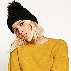 Faith - Black fur pom pom hat