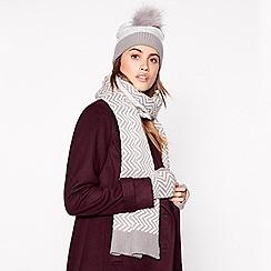 RJR.John Rocha - Light grey chevron knit scarf