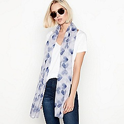 Mantaray - Grey heart print scarf