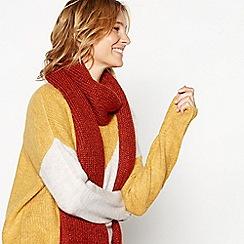 Mantaray - Dark orange sparkle knit scarf