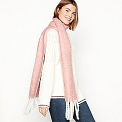 Mantaray - Pink brushed woven scarf