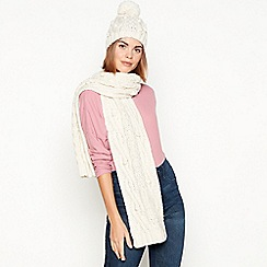 Mantaray - Cream chunky cable knit bobble hat and scarf set