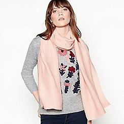 Mantaray - Pale pink plain pleat scarf