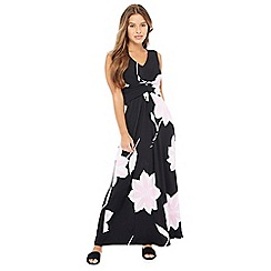 Principles Petite - Black floral print V-neck sleeveless petite maxi dress