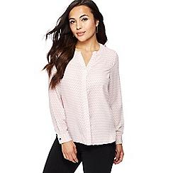 Principles Petite - Light pink zigzag print petite shirt