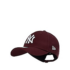 New Era - Maroon Embroidered Logo Cotton  New York Yankees  Baseball Cap 6ff60080132