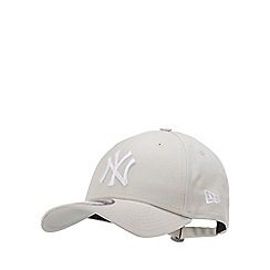 New Era - Beige Embroidered Logo Cotton 'New York Yankees' Baseball Cap
