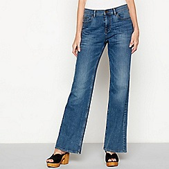 Mantaray - Mid blue mid wash 'St Ives' regular fit bootcut jeans