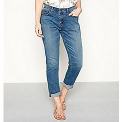 Mantaray - Mid blue mid wash denim 'Brighton' regular fit skinny jeans