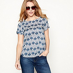 Mantaray - Dark blue lotus print t-shirt