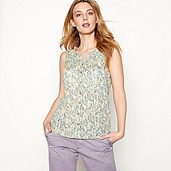 Mantaray - Pale green foil floral print cotton V-neck sleeveless top