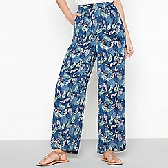 Mantaray - Blue leaf printáloose fit crinkle trousers