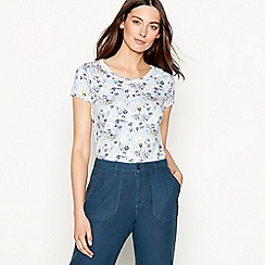 Mantaray - Pale blue floral print cotton t-shirt